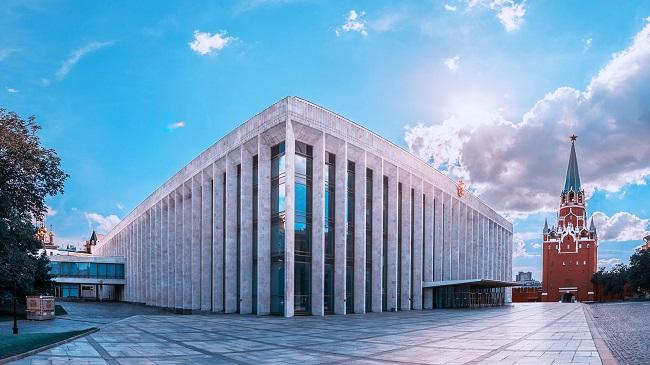 От Московского координационного совета региональных землячеств при Правительстве Москвы