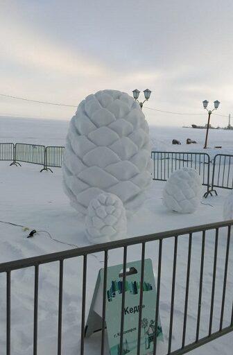 Ледяные фигуры на Набережной Петрозаводска